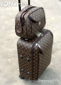 Large Louis Vuitton luggage Set suitcase bag