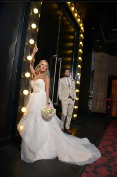Las Vegas Wedding The Chapel At Planet Hollywood Photography Short Dress Https Www Caesars Things To Do