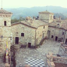 Borgo di #Votigno, frazione di #Canossa, #ReggioEmilia - Instagram by meryurru