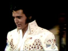 Elvis entrance for his concert in Hawaii january 14 1973. Great picture.