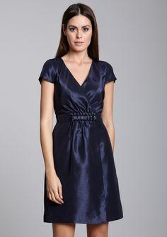 JUST TAYLOR  Cap Sleeve V-Neck Dress