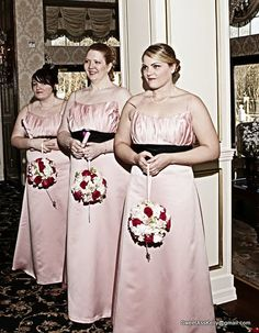I LOVED the bridesmaids flowers!!                                      Photo Taken by Right Angle Studio's.