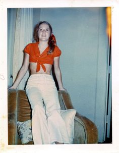 vintage everyday: The The Typical Age of Youth – A Look Back At The Daily Life of Teenage Girls 1960s Fashion, New Fashion, Fashion Vintage, Age Of Youth, Girls Slip, Famous Girls, Teenager, I Love Girls, Girl Pictures