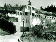Samuel-Novarro House, Los Angeles, California, 1920  Designed by: Lloyd Wright (eldest son of FLW)