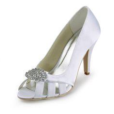 #bodasmallorca #organizaciondebodas #mallorca #organizacionbodasmallorca #weddingplanner #weddingplannermallorca #bodas #weddings #zapatosdeboda  #zapatos #zapatosdenovia #wedding shoes #brideshoes #shoes