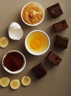 Huijarin browniet syntyvät helposti ja nopeasti neljästä raaka-aineesta - ilman sokeria ja vehnäjauhoja! Nutella Brownies, Smoothie, Sugar Free Snacks, Rocky Road, Gluten Free Baking, No Bake Desserts, Food And Drink, Pudding, Sweets