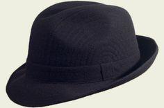 Cappello Classico Tessuto Verbano per Roberto Manzoni Cappelli invernali - Roberto Manzoni Ravenna   #stetson #texas #texano #west  #cilindro #englishhat #hatter #shop #hatshop #hatstore #grey #black #red #burgundy #brown #cool #elegant #classic #streetstyle #fashion #unisex #fashionista #chic #menswear #wintertrend #cappelli #BORSALINO  #indianajones @fashionamy #cowboys #cowboy #cowgirls