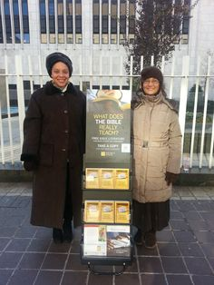 Cincinnati, OH World Wide Public Witnessing - See More at http://www.jw.org Photo Source Below Photo