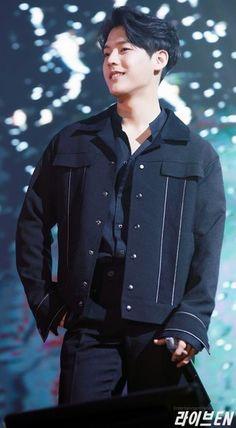 Btob Lee Minhyuk, Yook Sungjae, Im Hyunsik, Lee Changsub, Rapper, Kpop Boy, Cute Guys, Boy Groups, Leather Jacket