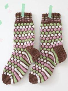 Ranskanpastilli-sukat Novita 7 Veljestä   Novita knits