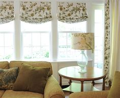 Roman Shades Weren't Built In A Day – What Until You See! Laurel Bern -- Laurel Home roman shades drapes copy Furniture Design Modern, Custom Drapes, Custom Window Treatments, Window Shades, Window Styles, Living Room Windows, Roman Shades Living Room, Inside Decor, Window Toppers