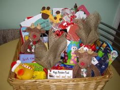 Christmas eve hamper Christmas Eve Box, Magical Christmas, Christmas Gifts, Hamper Ideas, Gift Hampers, Xmas Decorations, Archie, Elf On The Shelf, Christmas Ideas