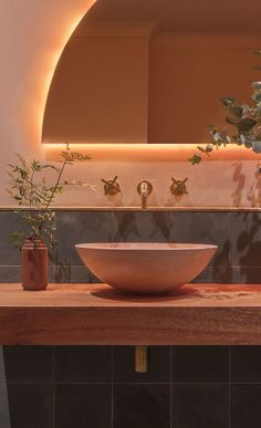 Bathroom Tub: The Complete Guide to Choosing Your Bathroom - Home Fashion Trend Bathroom Interior, Modern Bathroom, Boho Bathroom, Bathroom Ideas, Peach Bathroom, Estilo Art Deco, Inspired Homes, Bathroom Inspiration, Interior Decorating