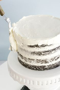 the definitive guide to how to frost a cake