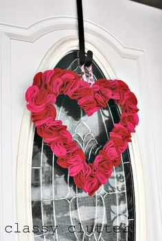Make this cute heart wreath, Valentine's Day will be here before you know it!