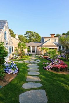 Walkway idea and landscaping design.
