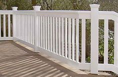 Holzterrasse - Treppengeländer + Balustrade Hartholz weiß
