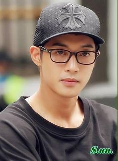 Kim Hyun Joong 김현중 ♡ glasses ♡ hat ♡ Kpop ♡ Kdrama ♡