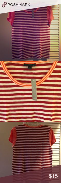 """🚨J. Crew Vintage cotton mixed-stripe T-shirt 🚨 Slightly loose fit. Body length: 24"""". PRODUCT DETAILS Back in 2004, J. Crew set out to replicate one of their favorite thrift-store T-shirts, and the result is vintage cotton—famous for its heathered texture and softness. Since it's so featherweight, they recommend taking extra care of this new mixed-stripe take when washing: Treat it like you would lingerie, not gym gear. color:natural crimson hibiscus Cotton. Machine wash. Import. Item…"""