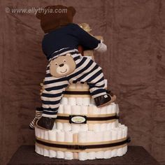 Brown Bear and Baby Boy Diaper Cake - Back I would add two for twins. - Brown Bear and Baby Boy Diaper Cake – Back I would add two for twins. both climbing the cake - Baby Shower Crafts, Baby Shower Fun, Baby Shower Parties, Shower Gifts, Baby Showers, Shower Party, Diy Diaper Cake, Baby Boy Diaper Cakes, Nappy Cakes