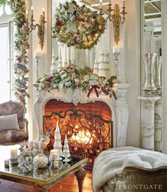 Holiday Mantle Ideas Christmas Fireplace, Christmas Mantels, Cozy Christmas, White Christmas, Christmas Holidays, Christmas Decorations, Fireplace Decorations, Christmas Trees, Mantle Ideas