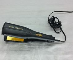 Vidal Sassoon Model #VS129 flat iron hair staightener, 2 inch by 3.5 inch $9.99