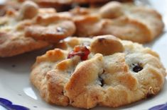 Chocolate Chip Cookies, Danish Cookies, Baileys Cheesecake, Shortbread Biscuits, Cookie Pie, Little Cakes, Food Humor, Funny Food, Snacks