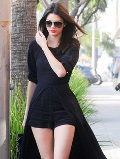 Would you or wouldn't you: @KendallJenner's caped crusader look: http://bit.ly/1yNr6Nq