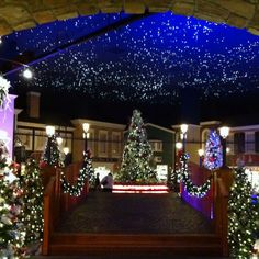 Yankee Candle Christmas Shop, Williamsburg, VA