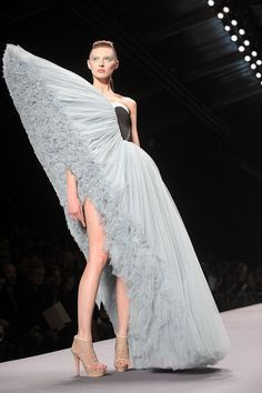 In celebration of fashion week, I'm posting this outrageous dress by Viktor & Rolf from the 2010 spring collection. I'm a big Project Runway fan (ok and I DVR Ru Paul's Drag Race ) and I love ...