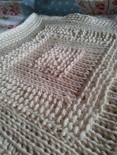 Tunisian Crochet: Revolutions in Color and Style, an Online Class