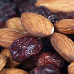 Keep blood sugar levels even and hunger at bay with healthy snack options. Here are 10 tasty yet healthy recipes for type 2 diabetes snacks.