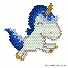Les petites licornes et les diagrammes Bonne soirée #motifdsimchouq #licorne #jenfiledesperlesetjassume #jenfiledesperlesetjaimeca #perlezmoidamour #perlesaddictanonymes #perlesaddict #perlesmiyuki #miyuki #beads #miyukibeads #miyukiaddict #miyukidelica #tissage #tissageperles #perles #brickstitch