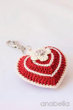 Crochet heart key chain by Anabelia