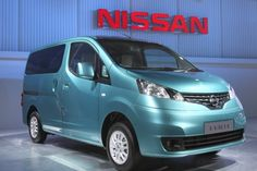 New Nissan MPV, Evalia is powered by a 1461cc K9K engine offering 85 bhp power and 200 Nm torque while fuel efficiency is pegged at 19 kmpl, which is a bit higher than the Innova or Xylo against which it will compete. Nissan has confirmed that the Evalia will be available in four variants XE, XE+, XL and XV. The engine is mated to a 5 speed manual transmission and Nissan claims that it can accelerate from 0 to 60 kmph in 12.7 seconds.