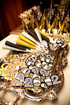 41 best New Year\'s Eve Wedding Ideas images on Pinterest | New years ...