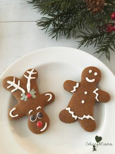 Sometimes recipes come easily at the perfect time. We had so much fun making gingerbread a few days ago, that I thought to myself what if I could change up a … Gluten Free Gingerbread Cookies, Cookies Gluten Free, Gingerbread Men, Gluten Free Icing, Gluten Free Pie Crust, Cookie Bowls, Christmas Treats, Christmas Cookies, Perfect Cookie