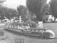 kiddy train ride at the old Buckeye Lake Amusement Park. Licking Co. Buckeye Lake, Newark Ohio, Lake Park, Columbus Ohio, Train Rides, Model Trains, Old Things, History, Amusement Parks