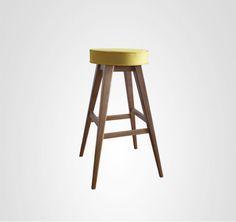 move-móvel-banqueta77-madeira-estofada -amarela