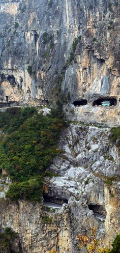 Guoliang Tunnel Road, China(中国郭亮隧道)   23 Roads you Have to Drive in Your Lifetime