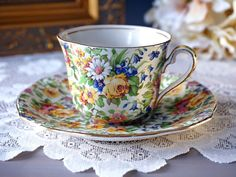 Royal Winton Grimwades Chintz Tea Cup and Saucer Tea Cup Set, My Cup Of Tea, Tea Cup Saucer, Cup And Saucer Set, Tea Sets, Cup And Saucer Crafts, Teapots And Cups, Teacups, China Tea Cups