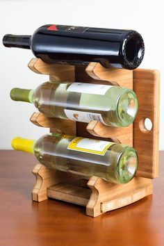 Countertop 3 bottle wine rack with cutting board por BrydonDesign, $39.00
