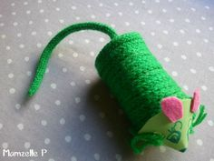 Souris verte en tricotin