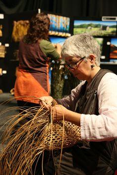 Hutia Te Rito - NZ Art Show 2013 Nz Art, Kiwiana, Artist At Work, New Zealand, Count, Artists, Couple Photos, Couples, Couple Pics