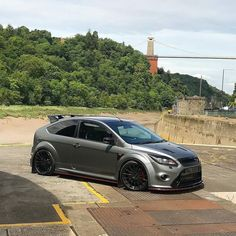 Paul Baker's Focus RS looking good with Bristol's Clifton Suspension bridge in the background - Custom Hot Wheels, Custom Cars, Bike Humor, Ford Motorsport, Modern Muscle Cars, Ford Rs, Suspension Bridge, Car Images, Cars
