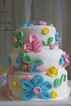 Taart met uiltjes en bloesem Like Pinterest Cake Birthday