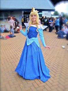 Sleeping Beauty Cosplay, Aurora Sleeping Beauty, Disney Princess, Disney Characters, Princess, Disney Princesses, Disney Princes