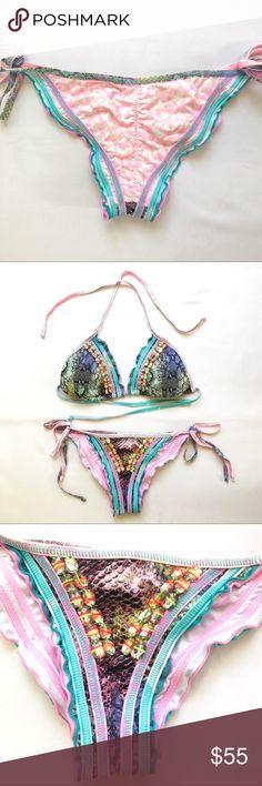 Agua Bendita bikini bottoms Agua Bendita bikini bottoms.  Worn once.  Size S Agua Bendita Swim Bikinis
