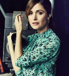 Rose Byrne♢ Mary Rose Byrne, Free To Use Images, Rachel Weisz, Natalie Portman, High Quality Images, High Neck Dress, Hollywood, Actresses, Actors