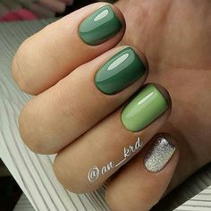 25 Elegant Green Nails Art Idea Luxurious nail-art, matched with shining jewelry, will give you the most fined look. Gelish Nail Colours, Shellac Nails, Manicure And Pedicure, Nail Polish, Chic Nails, Love Nails, Pretty Nails, Fun Nails, Green Nail Art
